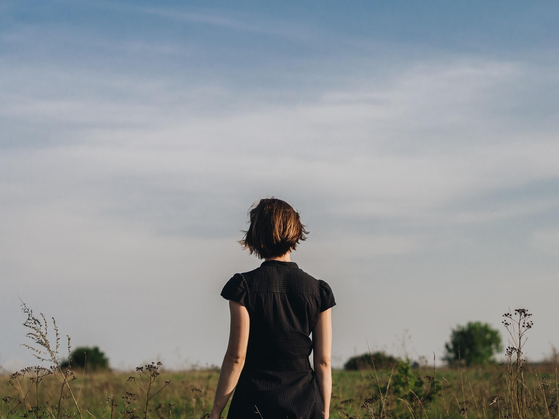 femme autostigmatisation troubles bipolaires